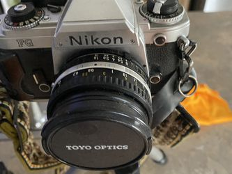 Nikon FG And Two Extra Linseys for Sale in Tucson,  AZ