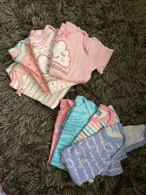 babygirl onesie bundle for Sale in Lynchburg, VA