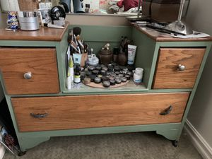 Antique makeup dresser for Sale in Lake View Terrace, CA