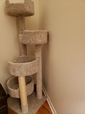Cat tower/ furniture/ condo for Sale in Edgewater, NJ