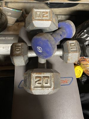 20lb 10lb 5lb dumbbells for Sale in Anaheim, CA