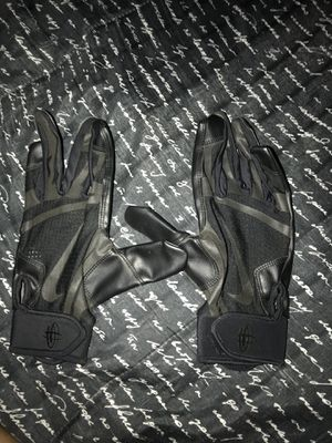 batting gloves for Sale in Tolleson, AZ