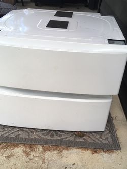 Washer And Dryer pedestal for Sale in Portland,  OR