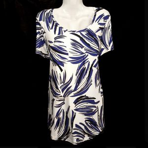 Brand New Print Summer Tunic Top for Sale in Aurora, OH