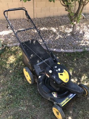 Briggs and Stratton Self Propelled Lawnmower , for Sale in Gilbert, AZ