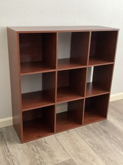 "9 Cube - Bookcase !!! 12"" D 36"" X 36"" , Like New for Sale in Vancouver,  WA"