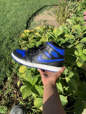 Jordan 1 royal blues for Sale in Parlier, CA