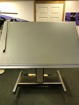 FREE! Professional Drafting Table for Sale in Lake Wales, FL