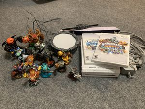 Wii and Skylanders for Sale in Atascadero, CA