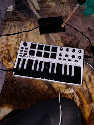 Akai MPK Mini Keyboard for Sale in Lakewood, CA