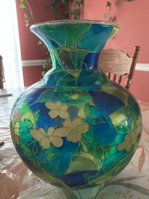 One Beautiful Glass Flower Pot for Sale in Germantown, MD