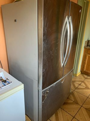 Kenmore refrigerator for Sale in Los Angeles, CA