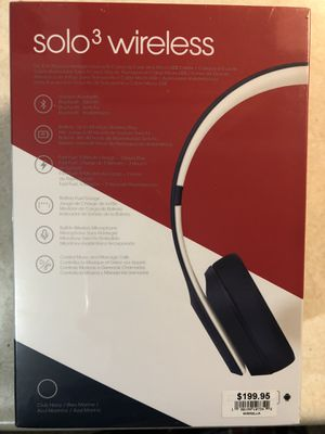 Beats solo3 wireless Club Collection Navy Blue for Sale in Lima, OH