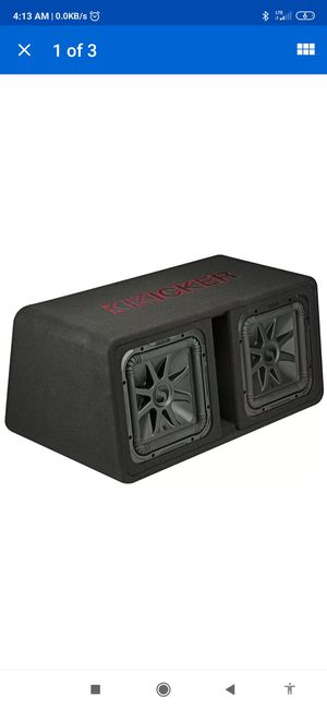 "Kicker box w/ 12""solobaric subs for Sale in Chicago, IL"