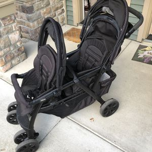 Double Stroller for Sale in Des Moines, WA