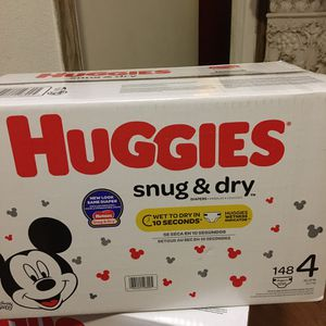HUGGIES SIZE 4 148 pañales for Sale in East Compton, CA