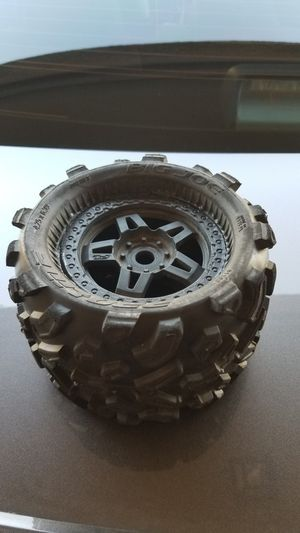 Proline big joe wheels and tires 17mm hex for Sale in Irving, TX