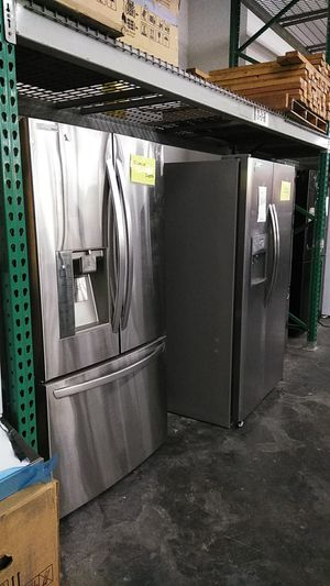 LG counter depth silver refrigerator on sale for Sale in Ontario, CA