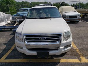 2008 Ford explorer with 81864 miles on it for Sale in Brooklyn Park, MD