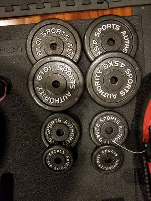 Metal weights for 1 inch bar. 55 lb total for Sale in Weston, FL
