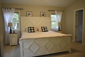 King bed frame - custom made, farmhouse for Sale in OLD BROWNSBRO, KY