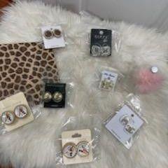 Earrings for Sale in Hawthorne, CA