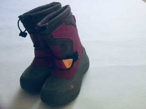 The Northface boots girls 1 youth for Sale in Bolingbrook, IL