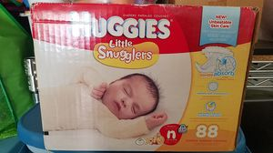 Huggies Little snugglers unopened box 88 count for Sale in Marietta, GA
