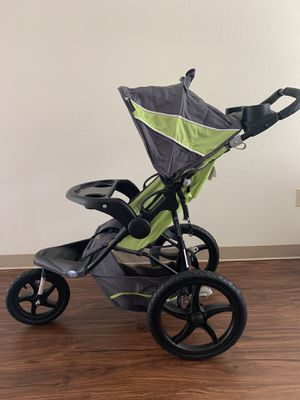 Baby trend Jogger stroller for Sale in Wapato, WA