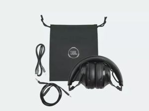 JBL Club 700 Wireless Headphones for Sale in Columbus, OH