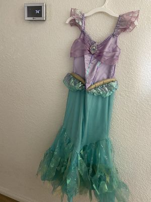 Disney store Ariel Mermaid Halloween Costume size 7/8 for Sale in Scottsdale, AZ