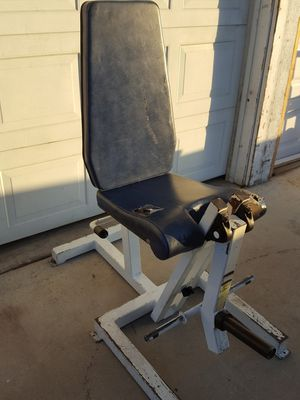 Olympic plate loaded leg extension weight machine for Sale in Corona, CA