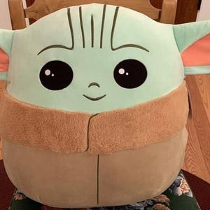 """Squishmallow Huge Baby Yoda Star Wars Mandalorian 20"""" The Child Jumbo Grogu Disney Pillow for Sale in Naperville, IL"""