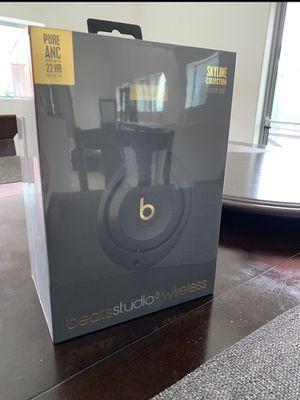 Beats by Dre Studio3 Wireless Headphones for Sale in Las Vegas, NV