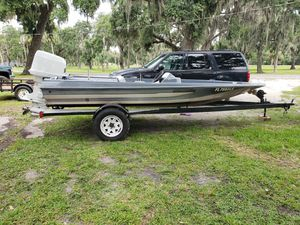 Procraft with johnson150 for Sale in Avon Park, FL