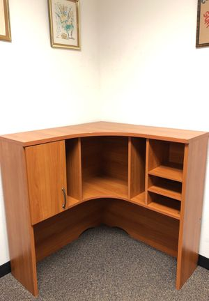 Hutch / corner cabinet for Sale in San Diego, CA