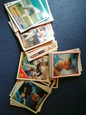 61 vintage MLB baseball card FOLDERS for Sale in Gibsonia, PA