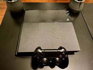 PS4 with 15 games and 1 joystick. All cables for Sale in Miami, FL