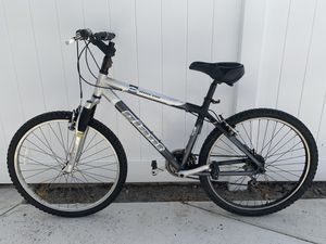 "Giant Rincon SE 17"" Frame Mountain Bike for Sale in Westminster, CA"
