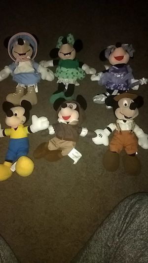 Mickey and Minnie Mouse Vintage Collection Beanies for Sale in West Columbia, SC