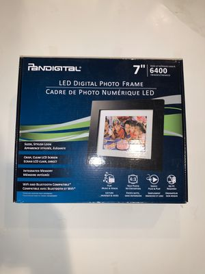 Pan digital led photo frame for Sale in Royersford, PA