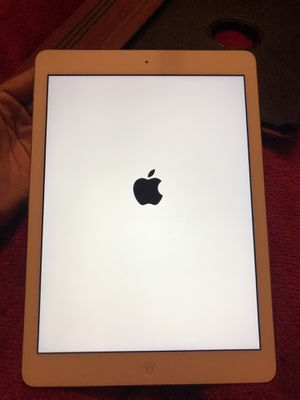 Apple iPad Air 1 for Sale in Alexandria, LA