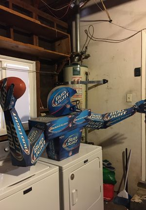 711 2014 limited edition Bud Light Display for Sale in Visalia, CA