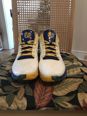 """Jordan CP3 """"Chinese New year"""" edition for Sale in Tampa, FL"""