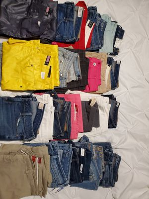 HUGE LOT OF CLOTHES for Sale in Peoria, AZ