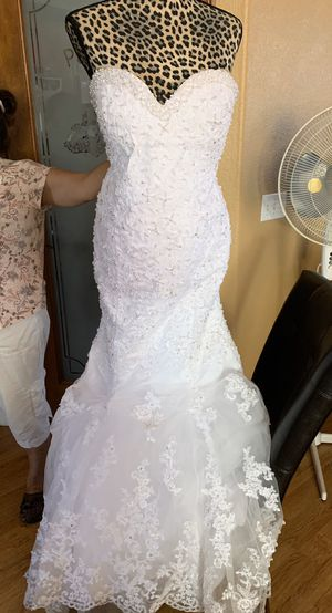 Mermaid style wedding dress for Sale in Lake Elsinore, CA