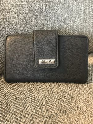 Kenneth Cole Reaction Wallet for Sale in Boca Raton, FL