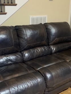 Dark brown leather couch for Sale in Nashville,  TN