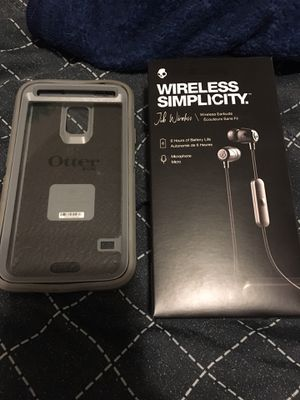 Otter box the fits a plus size iPhone and Skullcandy wireless headphones for Sale in Wilkes-Barre Township, PA