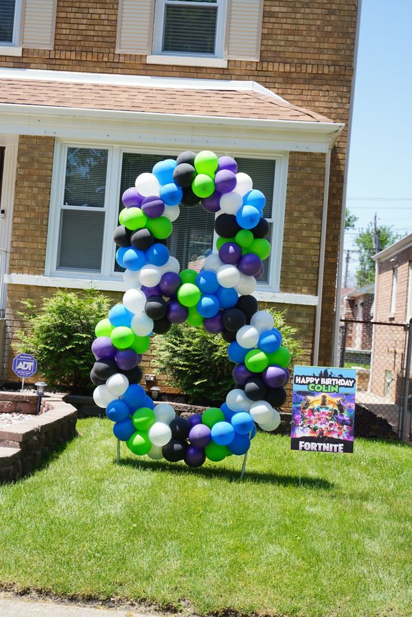 Large Yard Balloon Numbers